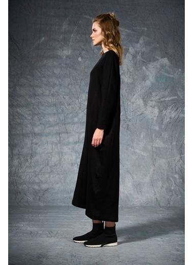 Eda Atalay Triko Elbise Siyah